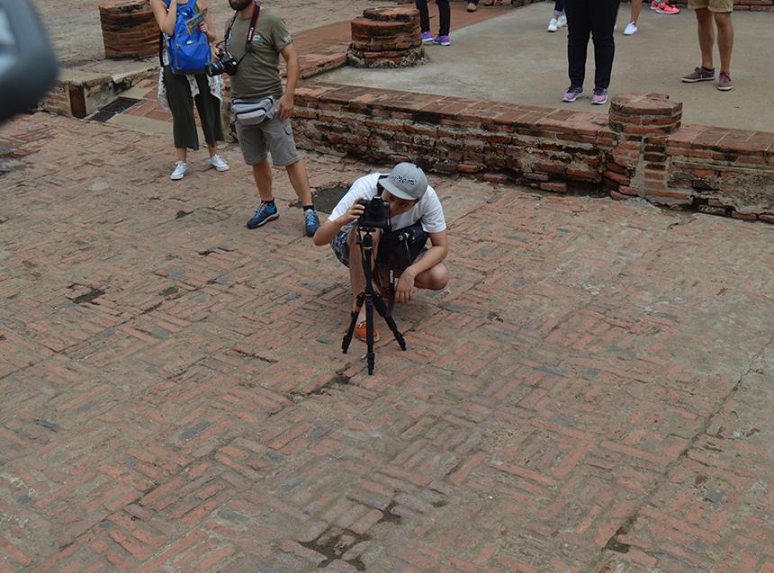 ということで、プロのカメラマン(おざわさん)にセットしてもらい